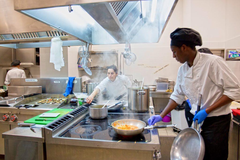 La cucina di altrove un insieme di sapori storie e tradizioni - Cucina etnica roma ...